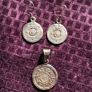 Jewelry - Earrings and necklace